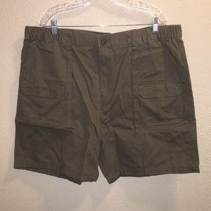 NWT Mens Croft & Barrow Elastic Cargo Shorts Sz 42